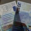 ¿Sabes reconocer un billete falso? trucos para hacerlo