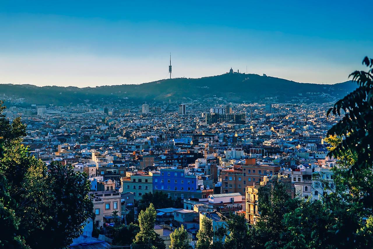 barcelona-1875848_1280