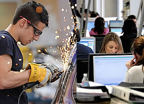 Por qué a los milennials les afecta más la crisis económica