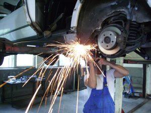 reparar_coche