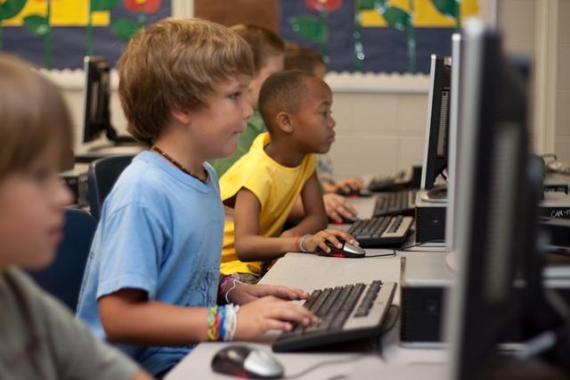 Precio de las clases extraescolares ¿Nos sale más rentable un colegio concertado?
